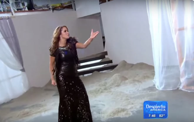 Lucero Backstage