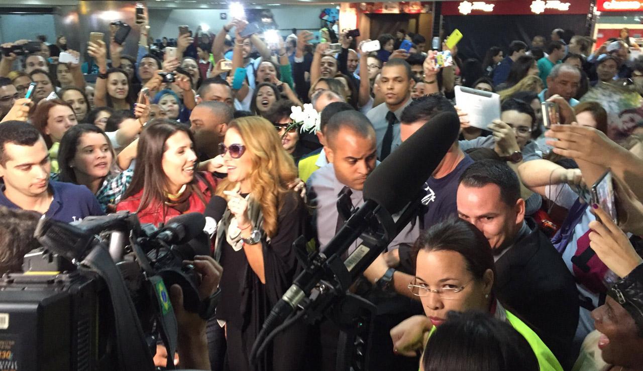 Lucero Aeropuerto Brasil