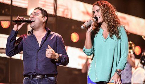 Lucero y Banda MS