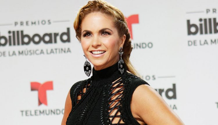 Lucero en Billboard 2016