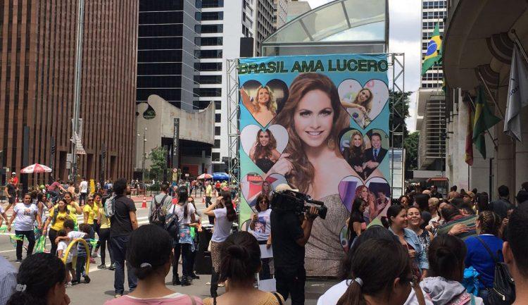 Lucero Flashmob