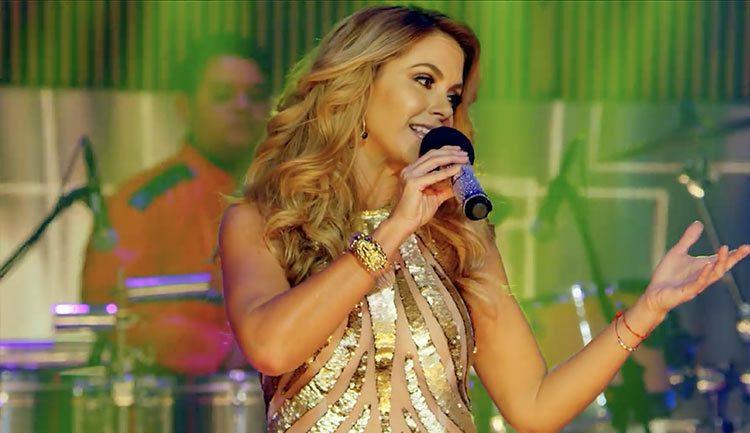 Lucero estrena videos en VEVO