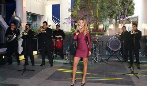 Lucero en el Noticiero de Paola Rojas en Televisa