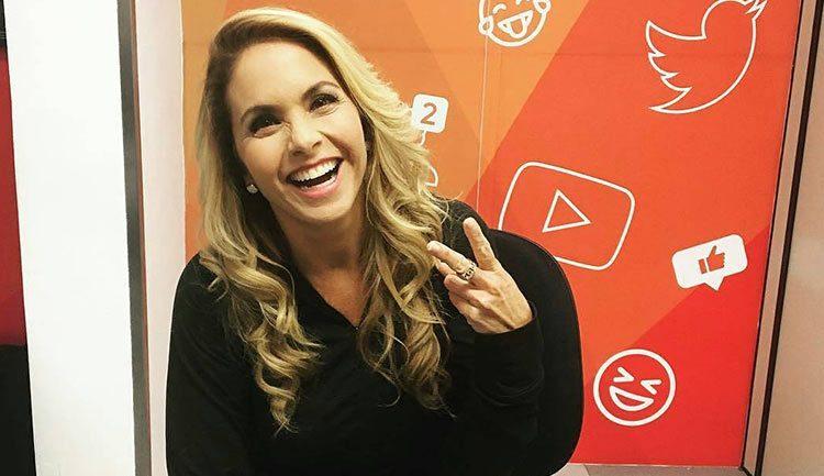 Lucero Facebook Live SBT y Carinha de Anjo