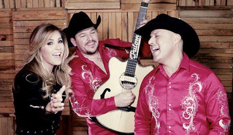 Lucero y Grupo Palomo cantan No Me Conoces Aún