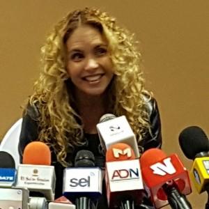 Lucero en conferencia de prensa en Culiacán Sinaloa