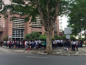 lucero-convive-con-fans-brasil-0007