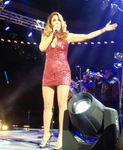 Lucero en La Descarga de la Z en la Arena Ciudad de México