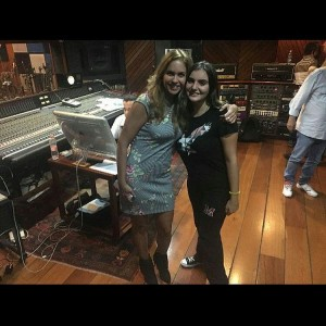 Lucero graba musicas en portugues para Brasil