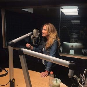 Lucero y Yordi Rosado en EXA FM